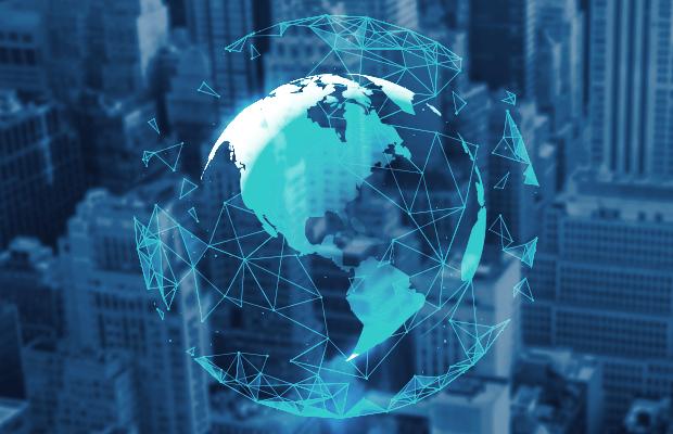Ein Globus, der ein Netz weltweiter Verbindungen zeigt.